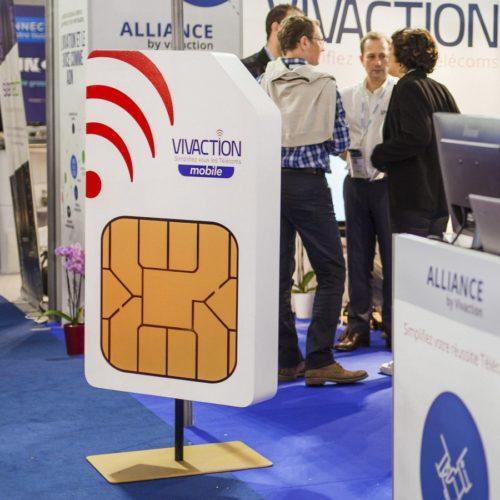 Carte SIM géante pour la PLV d'un stand expo