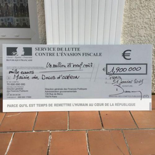 Chèque de banque factice pour mairie engagé