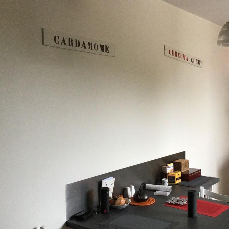 Exemples de réalisations de stickers sur mesure, Lettres décoratives pour la cuisine