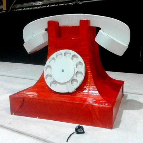 Téléphone vintage géant pour spectacle